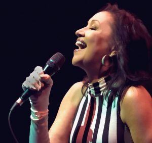 """Review - """"Holly"""" by Holly Cole"""