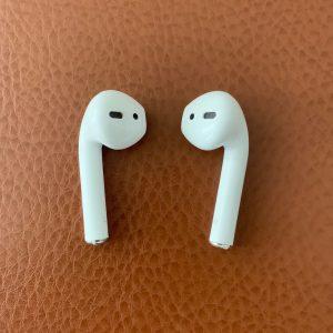 i10 earbuds